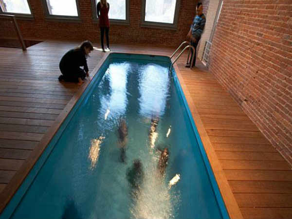 Fake Swimming Pool - Leandro Erlich