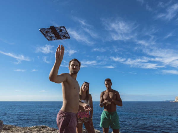 Flying Selfie Camera