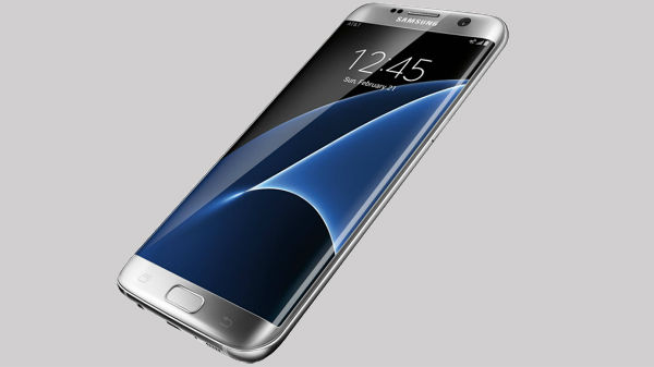 Samsung Galaxy S7 Edge (ధర రూ 32,800):