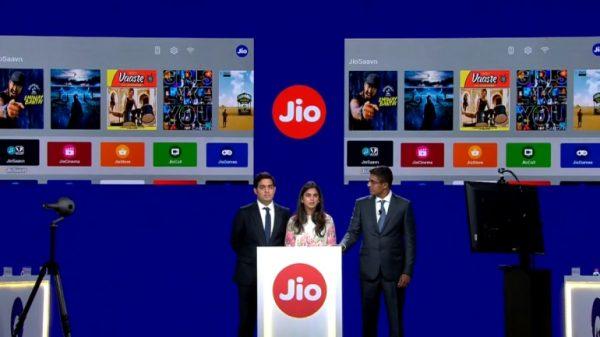 జియో కళ్లు చెదిరే ఆఫర్,యూజర్లకు 4K LED TV, Set-Top-Box ఫ్రీ