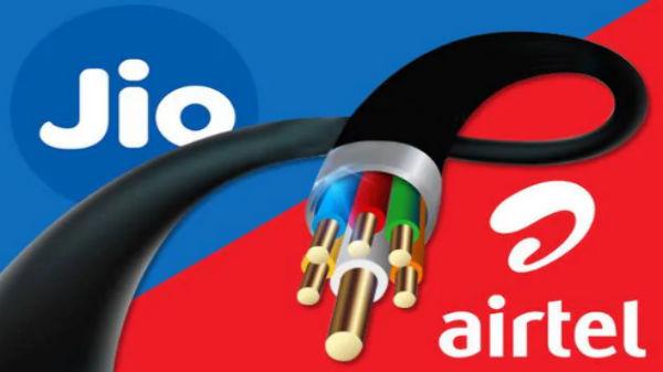 జియో గిగిఫైబర్ vs Airtel V-Fiber, గెలిచేదెవరు ?