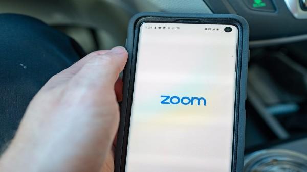 Zoom యాప్ అకౌంటును పూర్తిగా డెలిట్ చేయడం ఎలా?