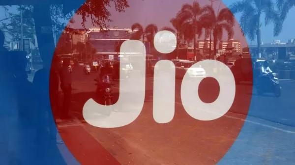 Reliance Jio: లాక్ డౌన్ లో జియోలో ఉపయోగకరమైన ప్రీపెయిడ్ ప్లాన్లు ఇవే...