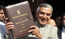 రైల్వే బడ్జెట్ 2013: ఐఆర్సీటీసీ పునరుద్ధరణ ఇంకా ఉచిత వై-ఫై పై మంత్రి హామి